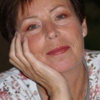 Winnie Casting - Leonie