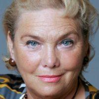 Winnie Casting - Janette