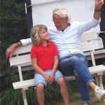 fotoshoot 2 kleinkind opa