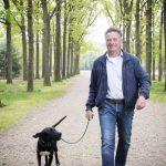 12 Rudolf Bijleveld 2019 – Lopen met hond Guus. Mirella Boot Fotografie I 07