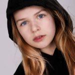 30 Rosalie Wegman